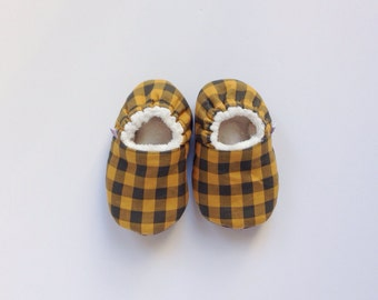 SALE 12-18m Baby Boy Slippers in Plaid