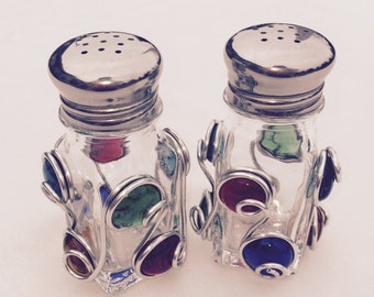 Salt and Pepper Shaker decorated with Colorful Beads and Wire Art