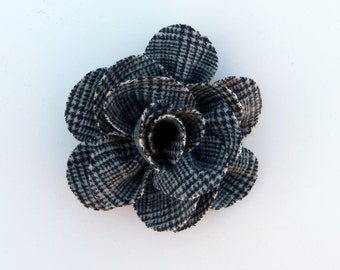 Rescued Wool Flower Pin - Houndstooth Check - recycled wool by aliciatodd