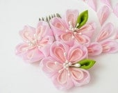 Mini Sakura Bright Days Tsumami Kanzashi Silk Hair Comb Pink Peach Cherry Blossom Japanese Maiko Flower Hair Accessory