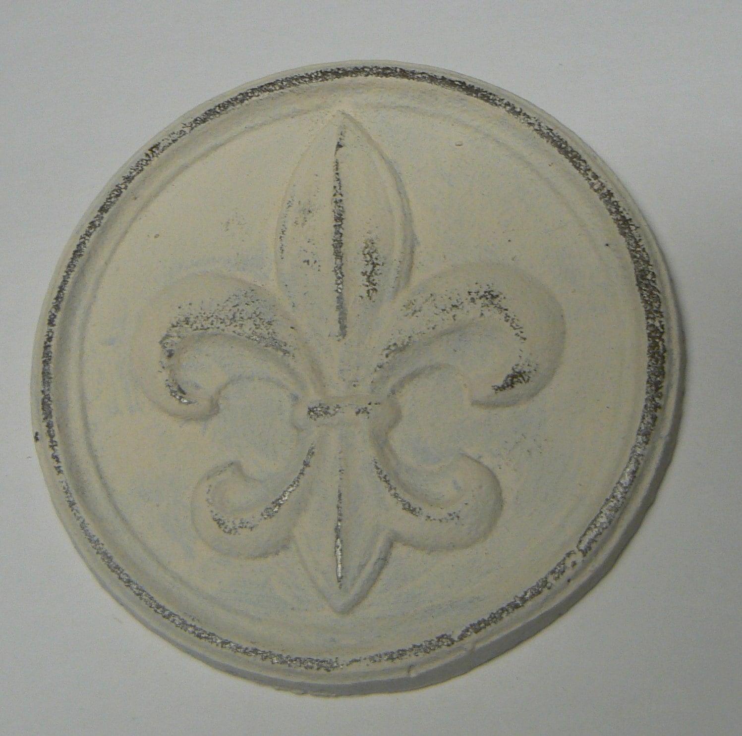 Fleur De Lis Round Cast Iron Painted By Tamarastreasuretrove
