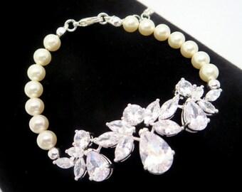 Bridal bracelet, Rose Gold bracelet, Wedding bracelet, Bridal jewelry, Pearl bracelet, CZ bracelet, Swarovski pearl bracelet Tennis bracelet