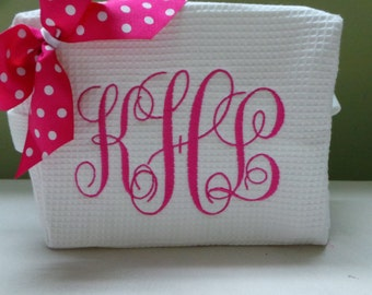 Personalized Cosmetic Bags Large Monogram or Name with bow. You choose the colors. Bridal Party gift. Christmas Gift