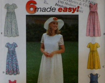 Simplicity 8071 Misses' Dress Sewing Pattern New/Uncut Size 6,8,10
