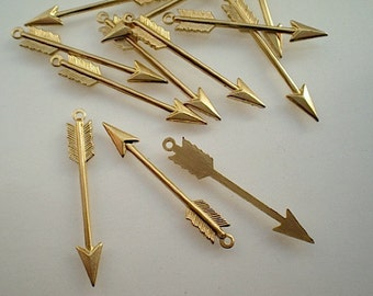 12 brass arrow charms with ring