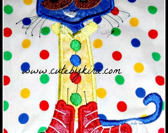 Book Cat Embroidery Design