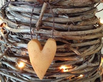 Primitive Ivory Beeswax Heart Ornie Set  #103