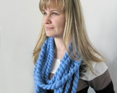 Super Chunky infinity scarf, Blue Scarf Necklace, Super bulky scarf, indie clothes, circle loop scarf, Crochet Lariat Necklace, chunky yarn