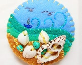 ES715A/088  Beside The Seaside Theme Handmade Felt Brooch