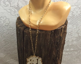 Vintage Cream and Gold Necklace