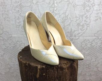 Vintage Pearldescent Heels