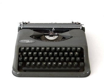 Sale!!! Hermes Baby classic typewriter.