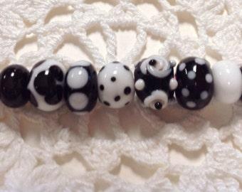 Classic Black  and White Handmade Lampwork Beads-Set 2