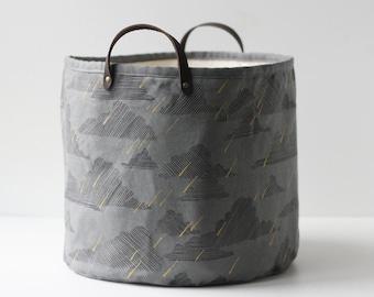 Medium Bucket - Dark Rainy Day
