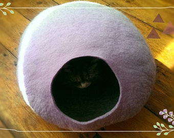 Cat Cave / cat bed - handmade felt - Lavender Purple/Grey or all Purple-S,M,L,Xl + free felted balls