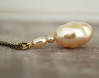 "Original Vintage ""Cafe Latte"" Necklace"
