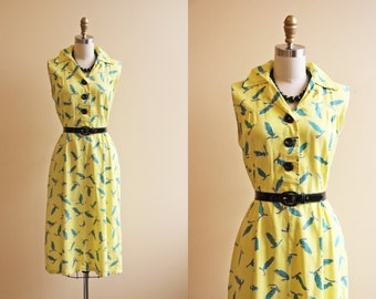 40s Dress - Vintage 1940s Dress - Novelty Print Pea Pod Yellow Teal Day Dress M - Peas To Meet You