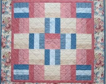 PDF Copy - Lap Quilt Pattern - Simple Strip Block Pattern - Beginner Quilt