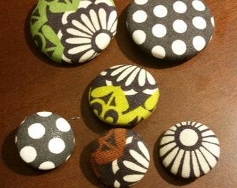 6 pcs Set of Roco Beat Medallion Circle Fabic Print Handmade Buttons