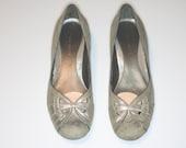 Nine West Faded Silver 2 inch Heel Size 7.5 US