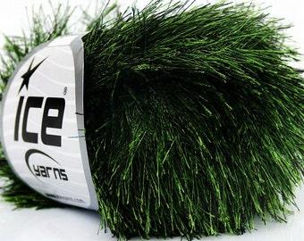 Evergreen Eyelash Yarn Ice Green & Black Fun Fur 50 gram 36647