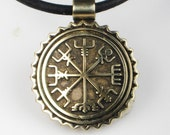 Viking Nautical Compass Pendant or Key Ring - Vegvisir Bronze