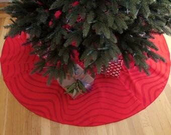 Marimekko Christmas tree skirt with wave pattern