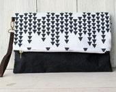 Fold Over Clutch / Wristlet / Clutch / Waxed Canvas / Spoonflower Design / Modern Clutch / Purse / Handbag / Zipper /