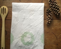 Christmas Wreath Tea Towel - Kitchen Bar Towel - Flour Sack Cloth - Hand Stamped Wreath Hostess Gift for Cook Stock the Bar Happy Holidays