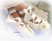 Ivory Bridal Flats, Elegant Wedding, Ballet Flats, Shoes, Ballerina Slippers, First Communion, Lace, Crystals, Vintage Style, Comfortable