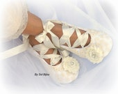 Ballet Flats, Ivory Flats, Vintage Wedding, Wedding Shoes, Lace Flats,Ballet Slippers,Flower Girl,Reception,Maid of Honor, Crystals, Lace Up