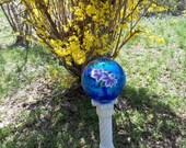 "10"" Rainbow Blue Gazing Ball w/Handpainted Clematis"