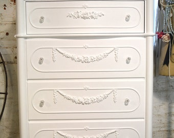 Painted Cottage Chic Shabby Romantic French Chest SSCH10