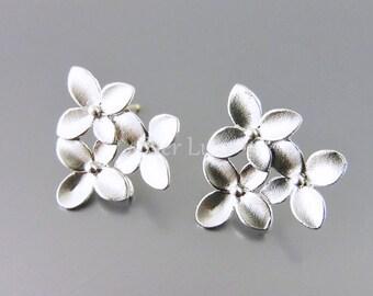 2 sakura cherry blossom flower earrings for bridal / wedding jewelry designs, earring making E1111-MR (1 pair)