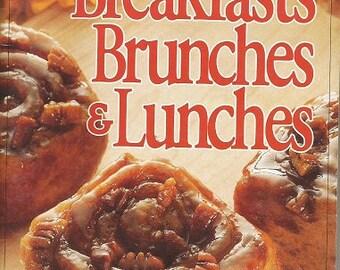 "1992 Pillsbury ""Breakfasts, Brunches & Lunches"" Cookbook"