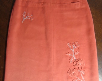 90's BCBG Coral Pink Ultra Suede Straight Skirt with Appliqué Flowers and Silver Gray Ebroidered Stems Waist 28""