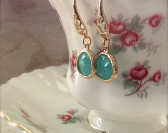 Green Mint Earrings Gold Pendant Earrings Fashion Jewelry Lucite Green Stock Clearance