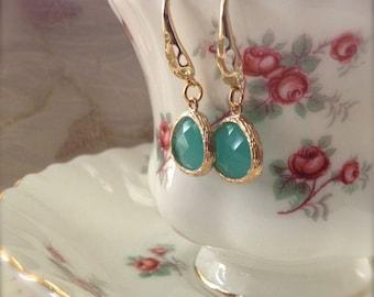 Green Mint Earrings Gold Pendant Earrings Fashion Jewelry Lucite Green