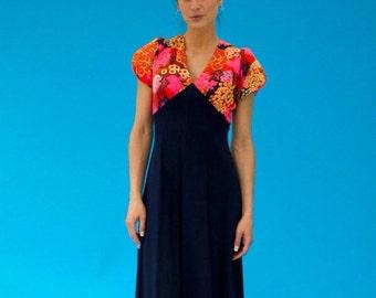 Vintage 1970s Hippie Folk Simply Perfect Maxi Dress