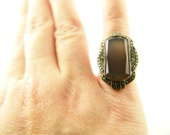 Art Deco Chalcedony Marcasite Ring - Sterling Silver - Vintage