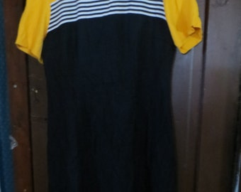 Vintage 1980s Betsy's Things Designer   Black White striped yellow  Secretary Pencil Skirt Sexy Office Short Sleeve Office Dress size  14