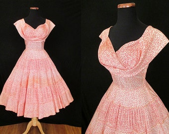 CLEARANCE Flirty 1950's Floral Print  Party Dress with Unique Shelf Bust and Full Circle Skirt Rockabilly VLV Pinup Cupcake Size-Small
