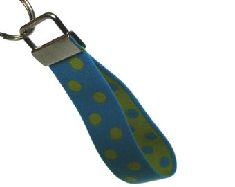 Stretch Key Fob Size Medium Turquoise with Green Dots Wristlet Keychain  Holder Stretchy Bracelet Style Green & Turquoise Keyholder
