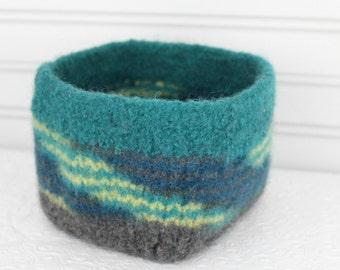 Teal Green Wool Basket, Knit Felt Storage Basket, Boiled Wool Gray, Green Storage Basket, Soft Wool Storage Container, Square Felt Basket