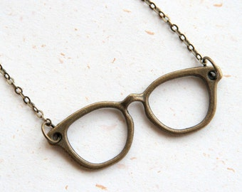 Watch him clearly - eye glasses necklace (N366) in vintage brass color
