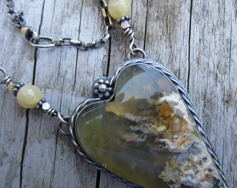 Sweetheart Regency Plume Agate and Silver Necklace