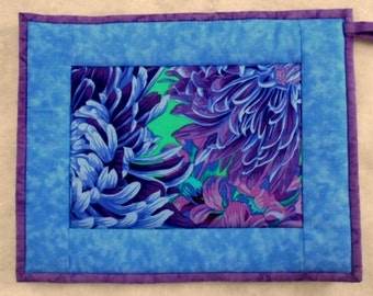 Quilted Pot Holder / Hot Pad -- Oversized Tropical Blue Flower with Blue Borders