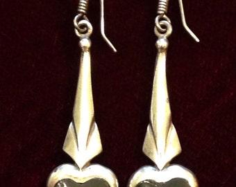Sterling silver 1980's vintage earrings with black heart shape stone