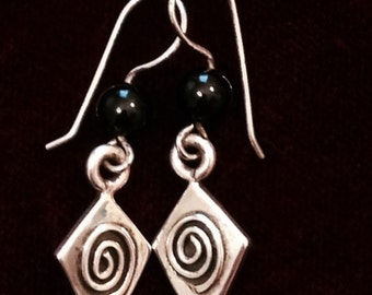 Sterling silver vintage 1980's earrings with swirls & black