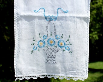 DAMAGED Vintage Embroidered Linen Table Runner - Table Scarf - Vintage Linens 12340